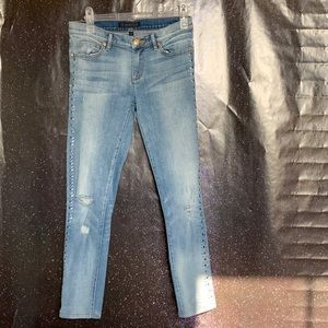Juicy Couture- Rhinestone Lined Ankle Jeans sz27